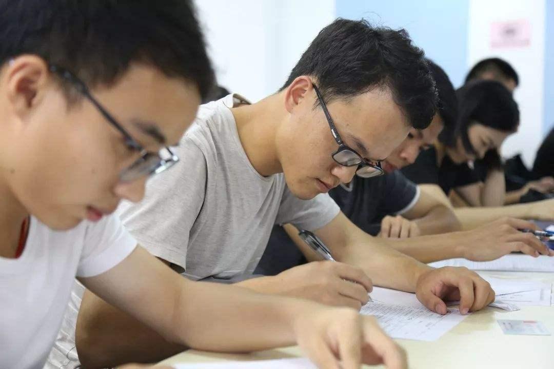 2020年上海落户8大方式!你符合哪种?(图5)